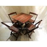 cadeira de madeira dobrável Vila Medeiros
