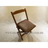 cadeira dobrável de madeira para pizzaria