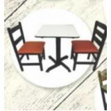 fábrica de cadeira de madeira com estofado Saúde