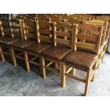 loja de cadeira de madeira rústica estofada Ferraz de Vasconcelos