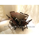 mesa com 6 cadeira de madeira Vila Mariana