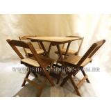 mesa de madeira 4 cadeiras Jardim Marajoara