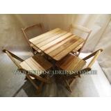 mesa dobrável com 4 cadeiras Santa Isabel