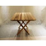 mesa dobrável em madeira