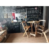 venda de mesa bistrô alta com banquetas madeira Higienópolis