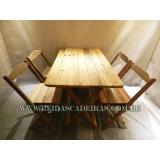 venda de mesa com 4 cadeiras de madeira Perus